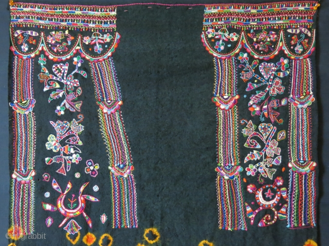 Tunisa Arab tribal wedding veil. embroidery on hand loomed and tie-dyed wool fabric. Traditional Tunisian couching embroidery with their designs. Circa 1940s Size: 30″ X 42″ with tassels