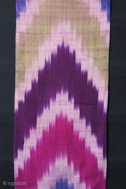 Uzbekistan - silk Ikat Panel, circa : 1900  Size: 12″ x 47″ – (30cm x 120cm)