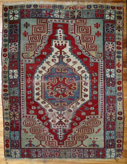 Karapinar, 19th. century rug, 140x115 cm. W/W.