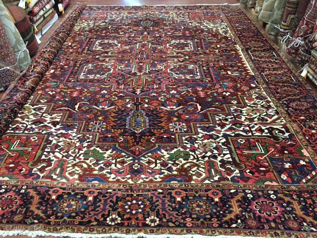 Antique Persian Heriz Rug (large size)-4357.large size antique Heriz rug , northwest Persia, size 11 ft. 3 inches by 14 ft. 6 inches , circa 1930 . Large square medallion surrounded  ...