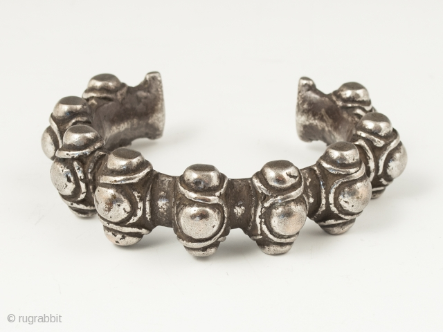"""Silver warrior's bracelet, Atoni people, West Timor. 6.5"""" (16.5 cm) interior circumference, 1.25"""" (3.1 cm) opening. Early 20th century, 186 grams. Ex. Anthony Granucci collection."""