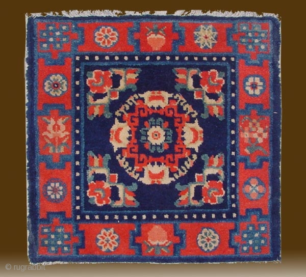 "No.D5370 * Chinese Antique Mat-Rug,Age: 19/20th Century. Size: 55x58cm( 21"" x 23"" ). Origin: Baotou-Suiyuan. Shape: Square"