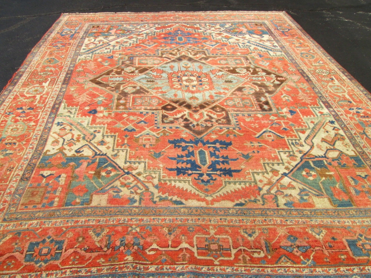 Decorative 9 X10 Antique Persian Serapi Oriental Rug