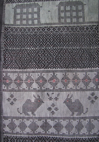Chin Woman's Cloth 2: Exceptionally rare woman's shoulder cloth most likely from the Khami, Khuni or Mro Chin subgroups living in the Rakhine and Chin states, west Myanmar. Please note that the  ...