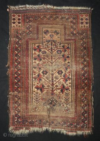 Antique Baluch prayer rug 84 x 123cm