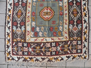 Balkan Kilim; 133x144 cm