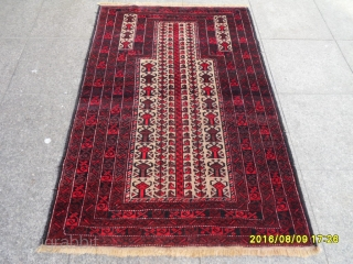 Antique Türkmen Belüch Prayer Carpet size: 138x88