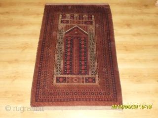 Antique Türkmen Prayer Baluch Carpet size: 145x92