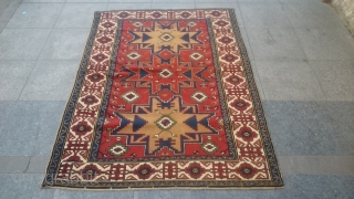 Lezgi Dizayn Derbent Carpet Perfect original piece Good condition and colors Size 170x126