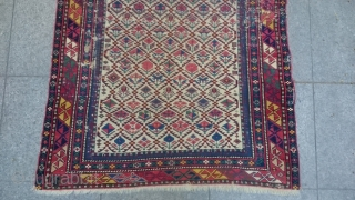 Antique Caucasian Shirvan Marashali very Fine quality nice piece Great Colors and quality 135x100