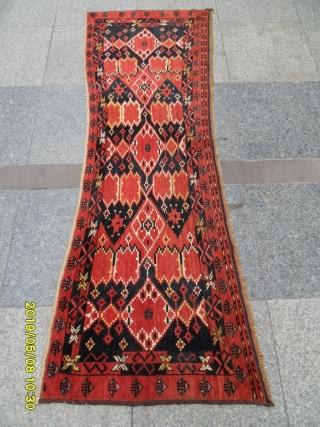 Antique türkmen Beshir carpet size: 168x63