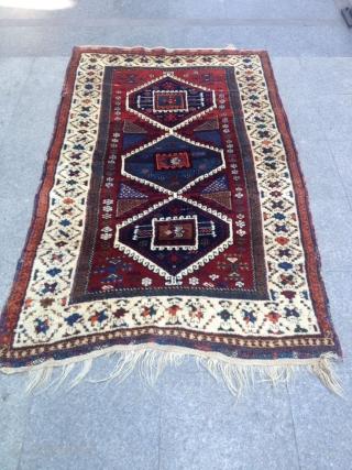 Antique Anatolian Yörük Carpet perfect Size 195x122