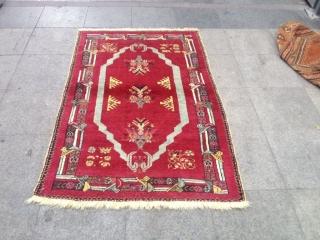 Antique Anatolian Kırşehir Carpet Size 162x105