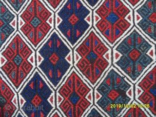 Antique Anatolian Bergama chuval size: 102x75 cm.