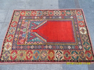 Antique Anatolian Mucur Prayer Rug Perfect size: 165x125 cm.