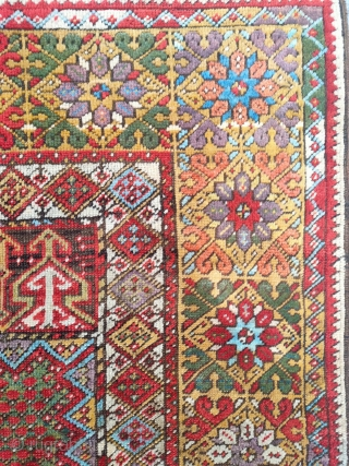 Antıque Anatolian Mucur Prayer Carpet size: 176x126 cm.