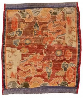 """http://rugrabbit.com/content/hunting-and-gathering-china-tibet-and-east-turkestan       Part of our online exhibition, """"Hunting and Gathering: China, Tibet, and East Turkestan""""   Small rug with dragons Tibet Circa 1900 76 x 63 cm (30 x 25 in.)   Knot count:11  ..."""