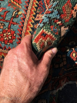 Mishan Malayer area rug 58,3 x 39,8 (148 x 101 cm). Deep colors, beautiful contrasts and exceptional green. Fat glossy wool, good pile (overall reduced), small area of wear. Selve-edges redone, ends  ...