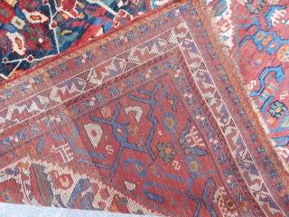 Antique Qamse Rug  size.175x150cm