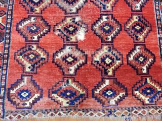 Antique Turkmen Eresari Besir Rug