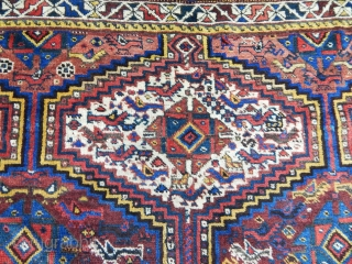 Antique Qashqaii Rug  size.185x160cm