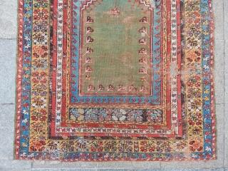 Antique Anatolian Mucur Rug  size.175x123cm