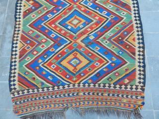 Old Qashqaii Siraz Kilim  size.275x170cm