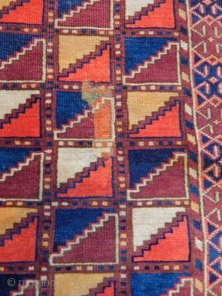 Old Turkmen Kızılayak Carpet