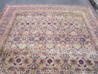 "solid antique worn ravar allover design persian rug measuring 8' 10"" x 10' 10""no dry rot no holes worn condition great distressed look 745 plus shipping thanks.