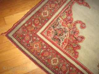 "classic antique(SOLD SOLD THANKS) persian senneh or malayer measuring 4' 7"" x 6' 8"" great condition not worn one 2"" slit as shown ends needs overcasting dusty no animal or smoke very  ..."