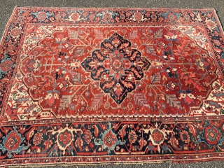 "Measures 4' 10"" x 6' 4"" beautiful antique heriz serapi very good condition rare size shipping will be 40.00 in us"