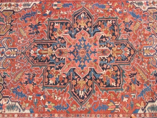 Antique Persian Heriz rug, hand knotted wool, Iran, ca.1920, a large geometric medallion dominates the field, wor with low even pile, some stains, no major problems or repairs, the approximate size is  ...