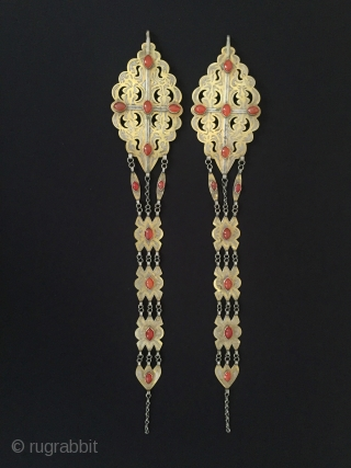 Central-Asia A pair of Tekke-Turkmen silver haddress jewelry gilded with cornalian Good condition Circa-1900 Size : ''41cm x 7.5cm'' - Weight : 171 gr Thank you for visiting my rugrabbit store !