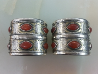 Centrial Asia Turkmenistan Tribal Tekke Silver Bracelet, Fire gilded and table-cut carnelians stones, circa 1900 weight : 349 gram Size : 6 × 6,5 cm