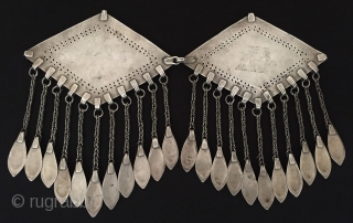 Central-Asia Turkmen-tekke vintage traditional silver donbaghcık jewelry / jewellery gold washed with cornalian Fine condition ! Circa - 1900 Size - Height : 17.5 cm - Width : 13.5 cm - Weight  ...