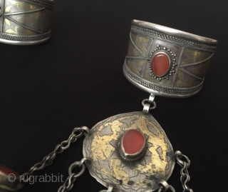 Central-Asia Turkmen-tekke A pair of ethnic tribal silver Shahmeran - arm band and 5 fingers gilded with cornalian These for using wedding and engagement days Good condition ! Circa - 1900 Weight  ...