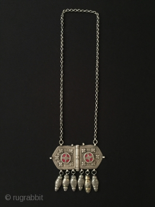 A beautifull Kazakystan antique tribal silver tassel necklace / pendant with chain gold washed fine handcrafted Circa - 1900 Size - Lenght : 38 cm - Height : 9 cm - Width  ...