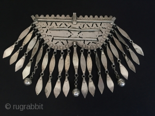 Central-Asia Turkmen-tekke antique vintage silver tassel necklace fire gilded with cornalian original ethnic tribal jewelry Circa-1900s Height'18'-Width'18'cm-Weight'258gr' Thank you for visiting my rugrabbit store !