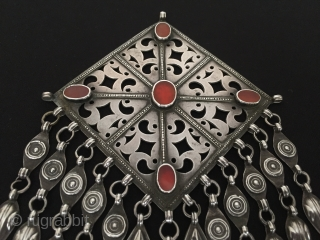 Central-Asia Turkmen-Ersary antique ethnic silver gonjuck necklace with cornalian original tribal jewelry Circa-1900s Height'18'-Width'12'cm-Weight:96gr Thank you for visiting my rugrabbit store!