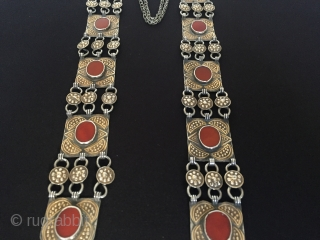 Central-Asia Turkmenistan Antique yomud silver box beautifull necklace with cornalian fire gilded excellent condition special handcrafted collection vintage necklace ethnic turkmen traditional jewelry Circa-1850s With chain height''56''cm - Height''41''cm - Box height''5.8''cm  ...