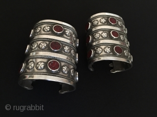 Central-Asia Afghanistan-Turkmen yomud excellent condition antique silver pair bracelet original ethnic tribal turkmen jewelry Circa-1900 Size-''8.5 x 7''cm Weight-562gr Thank you for visiting my rugrabbit store!