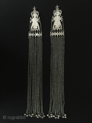 Central-Asia A pair of Turkmen-yomud ethnic tribal silver headdress jewelry fire gilded with cornalian Fİne condition ! Circa - 1900 Size - Lenght : 52.5 cm - Width : 6.4 cm -  ...