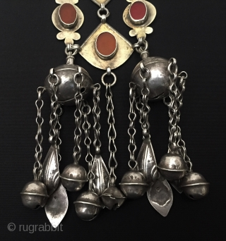 Central-Asia Ethnic Turkmen traditional silver headdress jewelry very fine gilded with cornalian original tribal turkoman jewellery This is a Turkmen collector silver headdress piece. Excellent and Great condition ! Circa - 1900  ...