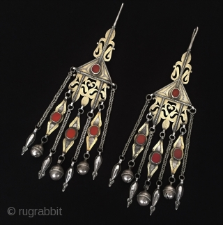 Central-Asia A pair of Turkmen beautifull ethnic tribal silver earrings fire gilded with cornalian open work original traditional turkoman jewellery Fine condition ! Circa - 1900 Size - Height : 24.5 cm  ...