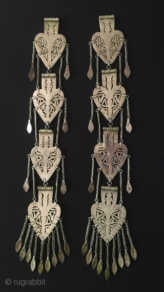 Central-Asia Turkmenistan-Tekke Tribal Silver Asyk Headdress Collection.Talisman desing with cornalian fire gilded open work Excellent condition Circa-1900 Size : 60 cm x 8 cm Weight : 570 gr Thank you for visiting  ...
