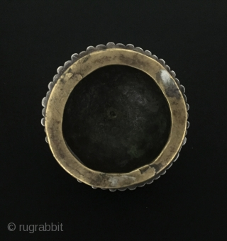 Central-Asia Turkmen-Tekke İskendery design antique silver belt buckle fire gilded and with copper Excellent condition ! Circa - 1900 or earlier Size - ''9 cm x 9 cm'' - Height : 6  ...