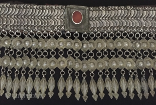 Central-Asia A Rare Antique Turkmen - Karapalpak ethnic tribal silver collector belt with old leather and old cornalian (agate) This is Turkmen-Karakalpak collection jewelry Excellent condition ! Circa - 1900 or earlier  ...