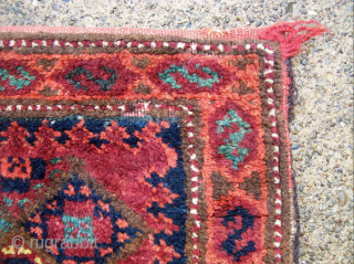 Very Unusual Baluch Balisht full Bag with beautiful kilim back- i believe this piece is similar in design and coloration to a piece (#8) found in an article by Tom Cole's icoc  ...