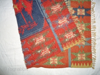 Vintage swedish Rollakan small Killim. Size 24 inch by 18inch.