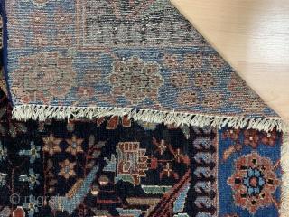 Nahavend (Hamadan) von 1930 - 190 cm x 131 cm - Natur Pflanzenfarben - Teppich ist gewaschen  und geklopft - mit Versand . Schreiben Sie mich an!